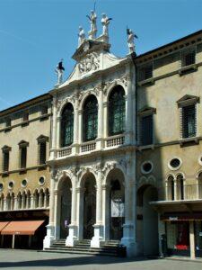 Chiesa di San VIncenzo in piazza dei Signori (VI)